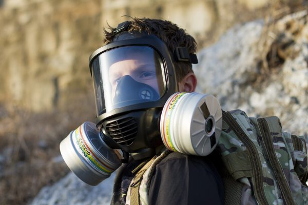 Child with the CM-6M CBRN gas mask